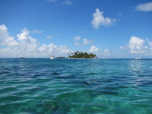 Camelot at rest on the East Lemmon Cays